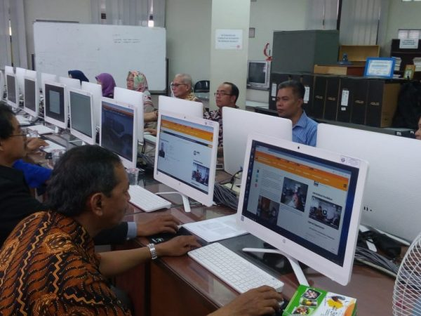 Workshop e-Learning Dosen Administrasi Pendidikan