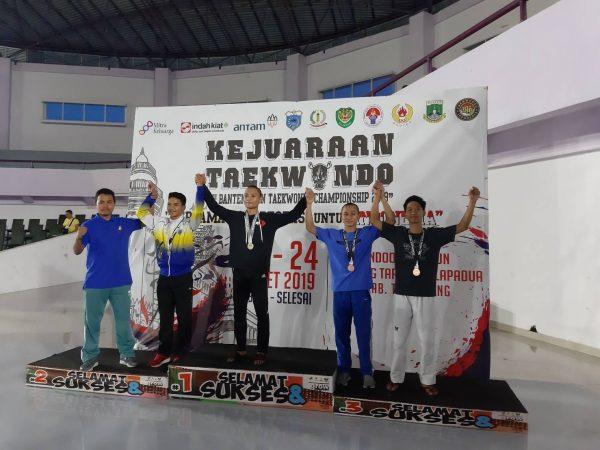 Mengharumkan Nama UPI di Kejuaraan Nasional Taekwondo