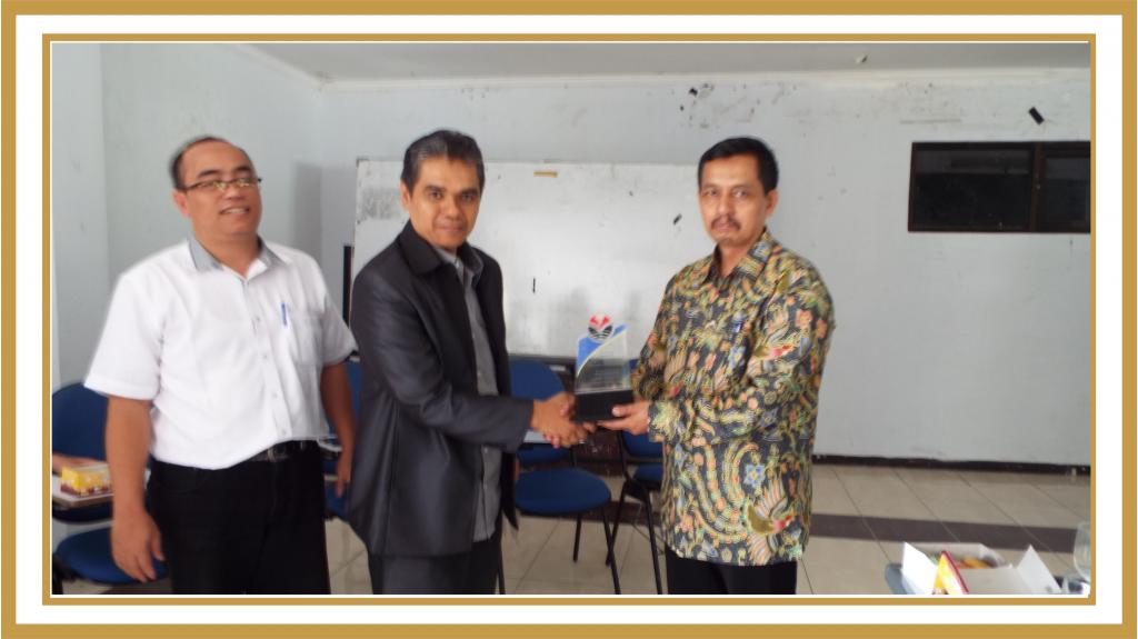 Dosen Tamu MK Manajemen Kurikulum Drs. Jaja, M.Pd (Pengawas SD Disdik Kab Cianjur) (1)